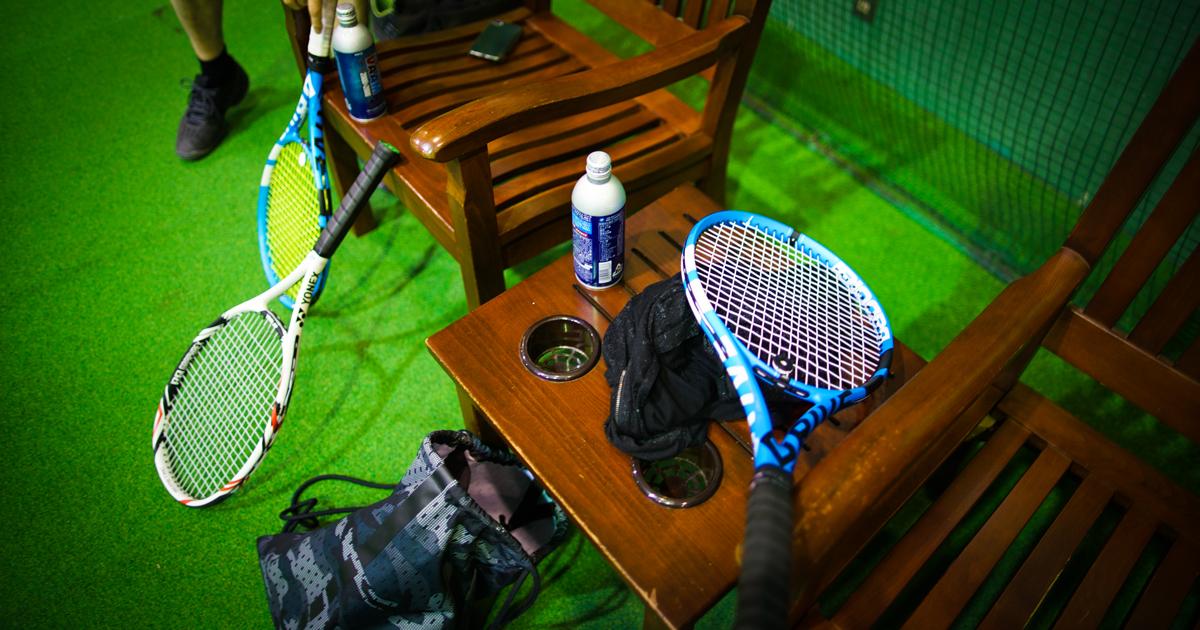 旧いスパカ仲間とテニスを始めた
