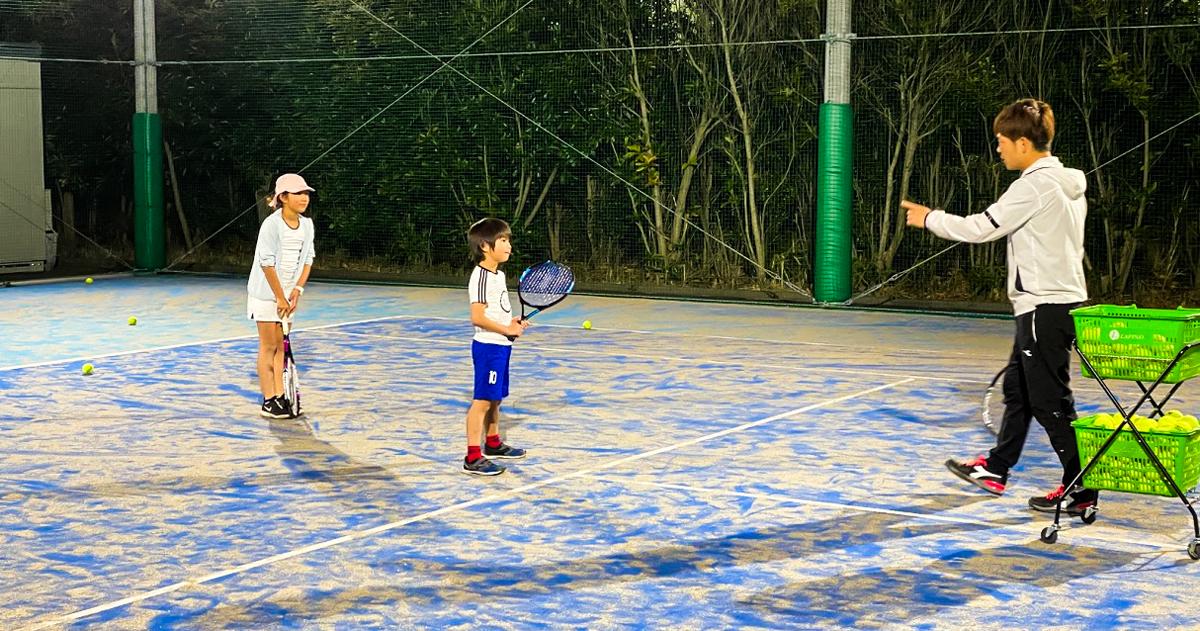 自粛モード。子供の精神が死ぬ。プライベートテニスで解決