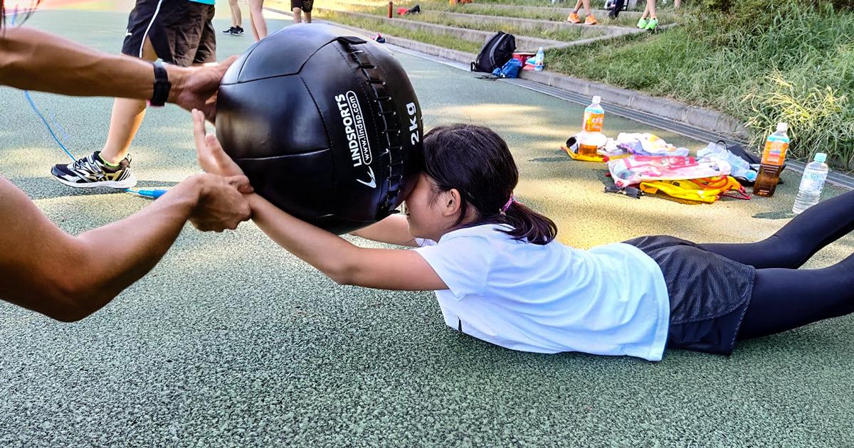 子供達の夏休み - ダイナマックスボール